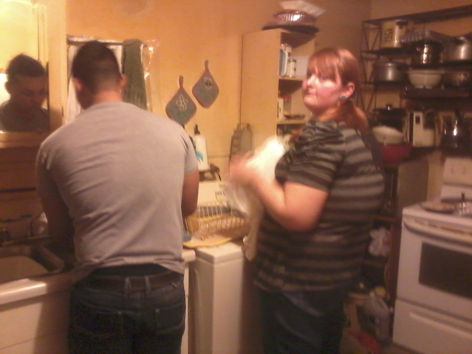 The two cousins - Taryn and J, did the dishes!