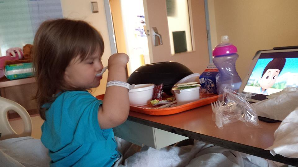 Samantha_at_SickKids_Hospital_eating
